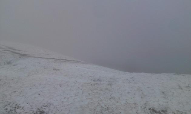 乗鞍岳 滅茶苦茶雪が残っていました。.jpg