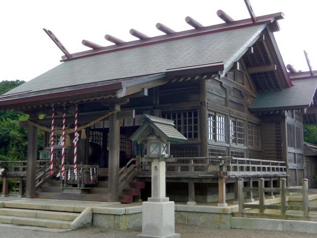 日向市 大御神社 本殿2.jpg